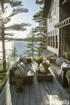 Dreamy lake view woods cabin cottage - serene and fresh and perfect...