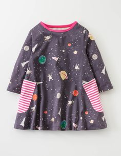 Whether you're travelling in hyperspace or around the local park, this pure-cotton tunic (featuring our unique intergalactic print) is ready for action. With a comfortable swing shape, short sleeves and roomy side pockets, it has more bells and whistles than a spaceship. Next stop: Mars.