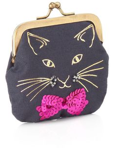 Draw cat with pencil and then use metallic fabric peIt447n