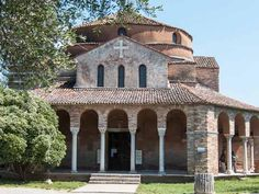 How to visit the island of Torcello in the lagoon of Venice, Italy. Find out what to see and how to get to Torcello Island.