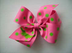 Monogrammed Alligator Hair bow... Fabulous by MaciesCustomBowZ, $4.98