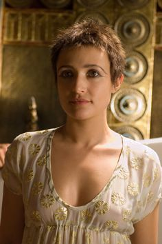 "The Most Authentic ( in my opinion) Cleopatra Philopator ever to grace the screen. ""ROME"" on HBO. The good die young ( The show, and the Queen! Rome Tv Series, Hbo Series, Rome Costume, Costumes, Costume Ideas, Rome Hbo, Lagertha Hair, Cinema, Ancient Rome"