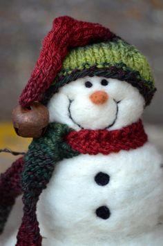 Snowmen Solid wool needle felted Snowman 579  Wool The ojays