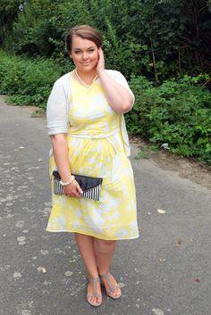 ... mit Blumen - wedding dress flowers yellow  Plus Size Fashion Outfit
