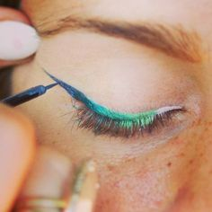 Festival eyeliner look or sea nymph inspired gradient green + blue winged liner tutorial. Easy ombre effect.