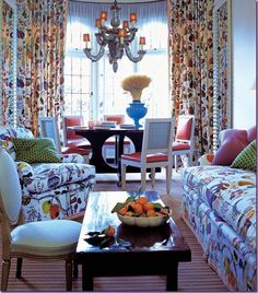 happy room--fabric = Vegetable Tree by Joseph Frank. Room by Jeffrey Billhuber. Interior Design Inspiration, Room Inspiration, Interior Ideas, Happy Room, Josef Frank, Green Sofa, Green Pillows, Throw Pillows, Beautiful Interiors