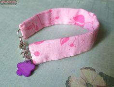 Stoffarmband in rosa/pink & lila Perlmuttblume