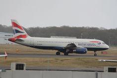 Airbus A320: 2040 G-EUUR A320-232 British Airways Newcastle Airport