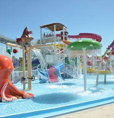 Aquakids AquashowPark Hotel