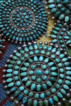 Uchizono Gallery | Native American Cluster Pin Collection.