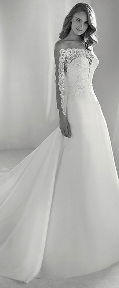 Gorgeous Tulle & Organza Bateau Neckline A-line Wedding Dress With Lace Appliques #laceweddingdresses