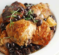 Spiced Chicken with Olives - Moroccan Food - Moroccan Food Recipes This looks awesome! I'll have to replace the flower with almond flower though.