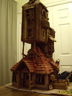 Gingerbread house of the Weasley's Burrow from Harry Potter