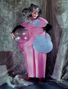 Iris-Apfel-editorial-en-Dazed-and-Confused-2012