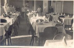 / O imagine din restaurantul de odinioara Pisica Albastra, situata pe strada Traian Mosoiu (Kapucinus).