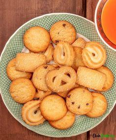 Meringue with 4 egg whites - HQ Recipes Danish Butter Cookies, Butter Cookies Recipe, Buttery Cookies, Whole Food Recipes, Cookie Recipes, Dessert Recipes, Sweet Recipes, Baking Recipes, Decorated Cookies
