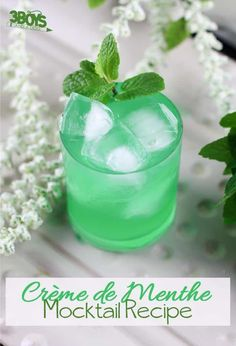 Mint Green Creme de Menthe Mocktail Recipe for Kids Cocktail Recipes, Cocktails, Drink Recipes, Dinner Recipes, Mocktails For Kids, Italian Cream Soda, Sparkling Drinks, Peppermint Patties, Christmas Drinks