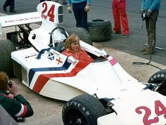 James Hunt en 1975, con un F1 de la escudería Hesketh.