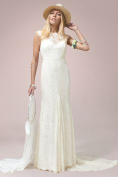 #ruedeseine #daisygown from the #nomadiclove collection at Leonie Claire Bridal Brighton http://www.leonieclaire.com/wp-content/uploads/2015/08/Daisy-Front-460x690.jpg