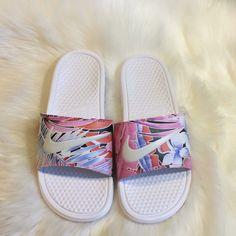 Strap Sandals, Women's Shoes Sandals, Louis Vuitton Shoes, Custom Shoes, White Nikes, Pink White, Nike Shoes, Nike Women, Size 10