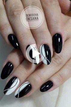 36 amazing glitter nail art design ideas for ladies in 2020 page 27 Black Nail Designs, Gel Nail Designs, Nails Design, Elegant Nails, Stylish Nails, Cute Nails, Pretty Nails, Hair And Nails, My Nails
