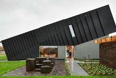 Super vet: een gekanteld huis in Noorwegen dat zelf energie...