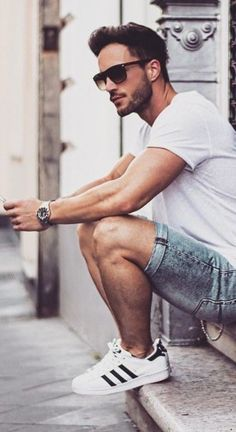 Men's Fashion For Summer- Trends and Outfits Summer Outfits Men, Fall Outfits, Outfits Hombre, Preppy Men, Poses For Men, Streetwear, Herren Outfit, Men Style Tips, Well Dressed Men