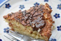 Kage med kokos kokoskage á la drømmekage Baking Recipes, Cake Recipes, Scandinavian Food, Some Recipe, Afternoon Snacks, Fruit Smoothies, Cakes And More, Food Porn, Food And Drink