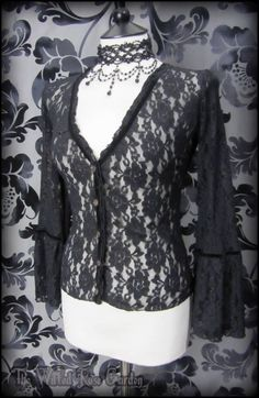 Romantic Gothic Black Rose Lace Bell Sleeve Top M 10 12 Victorian Vampire Maiden | THE WILTED ROSE GARDEN