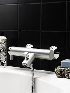 Badkarsblandare i färgen Rough Aluminium från serien Coloric Tub Faucet, Bathtub, Toilet Paper, Design, Standing Bath, Bathtubs, Bath Tube, Toilet Paper Roll