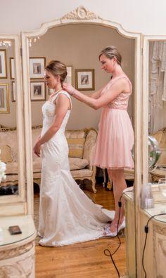 Dress Designer: Mia Solano