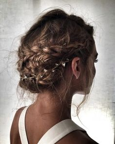 So many ways to wear this edgy accessory braid it into a pony, wrap it around a top knot, or drape it under a undone updo. Must have accessory of the season. As seen on Olivia Palermo Oxidized Silver plate Swarovski crystals Made in NYC
