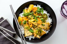 Looking for a quick and easy weeknight dinner? Here are 14 of our favorite vegetarian stir-fry recipes, all simple enough for busy weeknights.