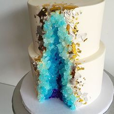 Geode Wedding Cake by kakebydarci