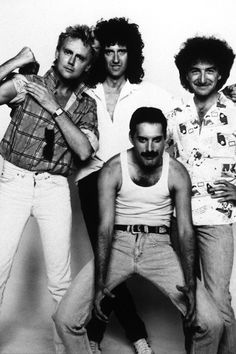 Roger Taylor, Brian May, Freddie Mercury and John Deacon Queen Photos, Queen Pictures, Rare Pictures, John Deacon, Save The Queen, I Am A Queen, Bryan May, Live Aid, Roger Taylor