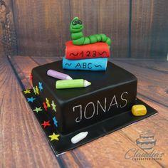 #eventcakes #geburtstagstorte #birthdaycake #hochzeitstorte #weddingcake #torte #motivtorten #tortendesign #fondanttorte #tortendekoration #tortenkunst #fondantcakes #charactercakes #cakeart #cakedesigner #sugarart #fondant #sugarpaste #einschulung #schule #school #buecherwurm School Enrollment, Bbq Rub, Character Cakes, Butter Dish, Pin Collection, Book Worms, Avocado, Bubbles, Baking