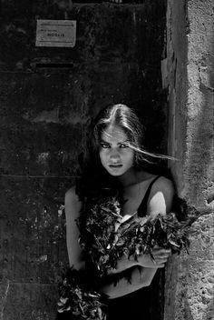 Buongiorno… Carmen Sammartin-Sicily,1991 Ferdinando Scianna