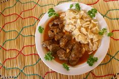Chicken gizzards can be a bit tough and chewy. Some people prefer them that way. However, pressure cooking chicken gizzards is a great way to make them tender. Using A Pressure Cooker, Pressure Cooker Chicken, Instant Pot Pressure Cooker, Pressure Cooker Recipes, Pressure Cooking, Slow Cooking, Health