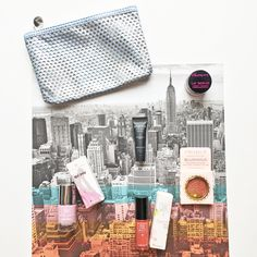 Ipsy Glam Bag Review. Ipsy Subscription. January Glam Bag. Beauty Products. Jelly Pong Pong Lip Scrub. Smashbox BB Cream. Pacifica Blushious. Trust Fund Beauty Gloss. Pretty Woman Nail Polish. Studio Calico Scrapbook Paper Background. Monthly Subscription Box. Silver Clutch. Grey Clutch. Style. Makeup. Selfcare. Get Glamorous. I'm Not a Ballerina. Gift Box. Pretty Paper.
