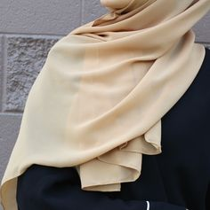 Luxury Chiffon Hijab Very elegant design Perfect coverage Material: 100% Chiffon Size: ~178 x 68 cm | ~70 x 27 inches *Color may appear slightly different depending on the lighting