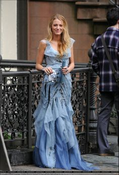 Serena s prom dress gossip girl