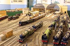 Model trains - Preparation is the most crucial move in building a model railroad for your model train. Explore some of our Model Train Layout Plans and also Ideas on our website. Free Track Designs for your model railway layout, railroad or train set.