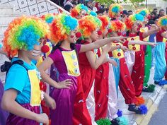 Cute Clown, Clowns, Face, Fashion, Beautiful Images, Costumes, Moda, Fashion Styles, Imperial Crown