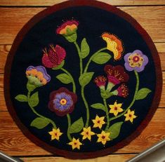 wool applique | Jacobean wool applique penny rug wall hanging table topper embroidery ...