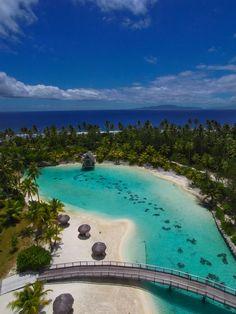 December in Bora Bora | French Polynesia (by Pierre Lesage)