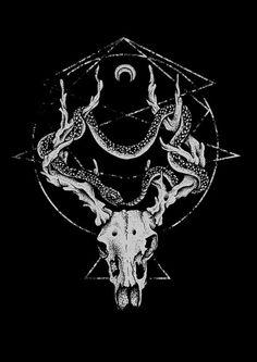 Deer's skull snake moon