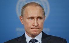 Путин готов начать Третью мировую войну, — генерал НАТО http://ukrainianwall.com/news/putin-gotov-nachat-tretyu-mirovuyu-vojnu-general-nato/  Президент России Владимир Путин может начать Третью мировую войну в любой момент. А в течение нескольких часов он может принять решение о вторжении в Польшу.Об этом заявил британский генерал сэр Ричард Ширрефф, который был заместителем главнокомандующего вооруженных сил в Европе (SHAPE). В опубликованном отчете военный отмечает, что российский…
