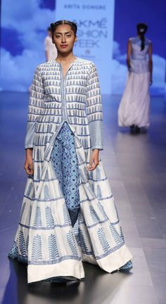 ANITA DONGRE AT LAKME FASHION WEEK - AW16 - LOOK 9