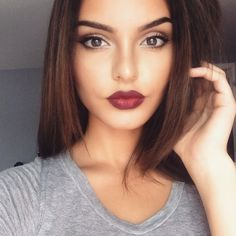 10 Dark Lipstick Colors To Try This Winter - - 10 Dark Lipstick Color. - 10 Dark Lipstick Colors To Try This Winter – – 10 Dark Lipstick Colors To Try This W - Gorgeous Makeup, Pretty Makeup, Simple Makeup, Glamorous Makeup, Crazy Makeup, Bio Make Up, Dark Lipstick Colors, Dark Lipstick Makeup, Wine Lipstick