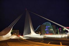 Droichead Samuel Beckett - Samuel Beckett Bridge (Irish: Droichead Samuel Beckett) is a cable-stayed bridge in Dublin[2] that joins Sir John Rogerson's Quay on the south side of the River Liffey to Guild Street and North Wall Quay in the Docklands area.